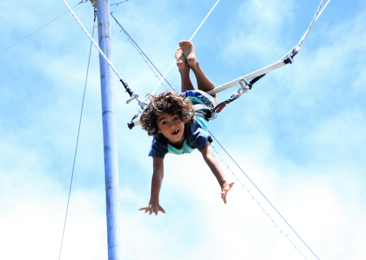 circus-arts-brisbane-sydney-flying-trapeze-mega-mix-circus-kids-school-holiday-activities-programs-classes-3