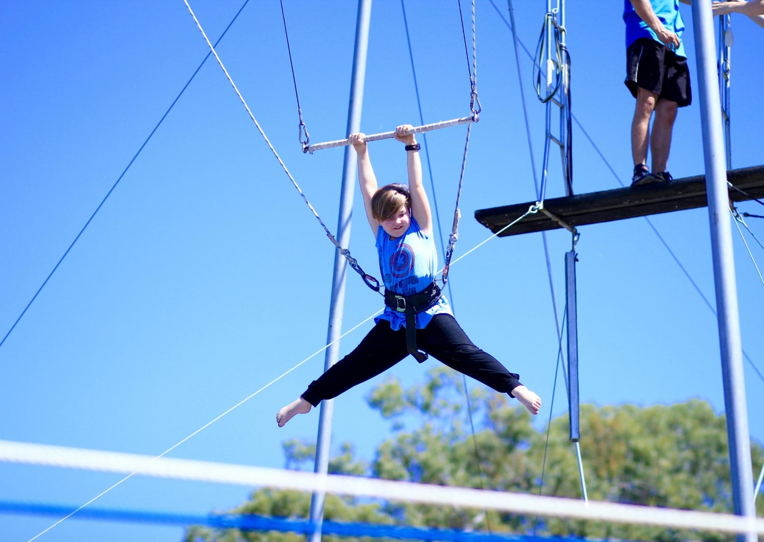 circus-arts-brisbane-sydney-flying-trapeze-mega-mix-circus-kids-school-holiday-activities-programs-classes-4