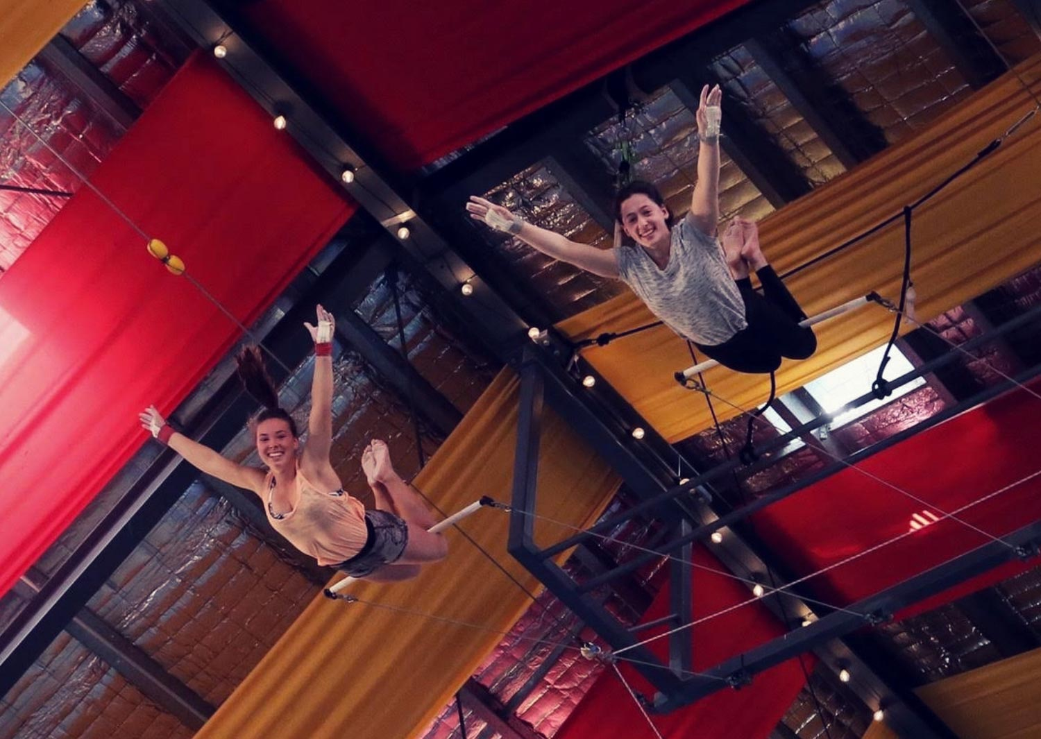 circus-arts-flying-trapeze-3-day-intensive-course-byron-bay-advanced-flying-out-of-lines-1