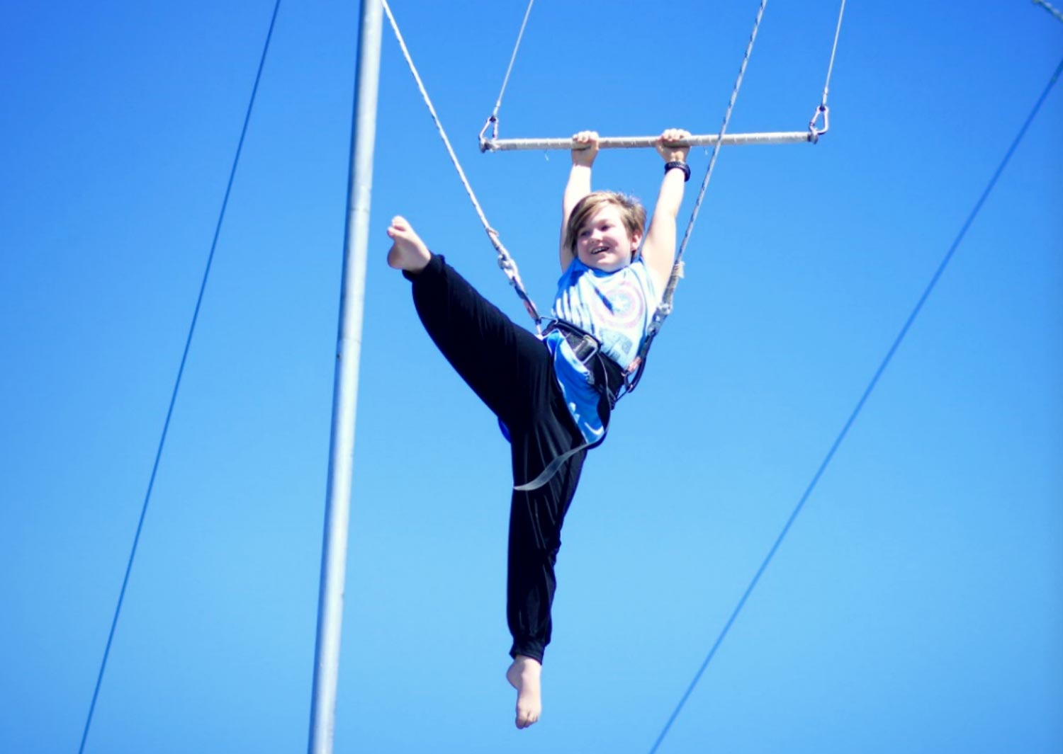 circus-arts-flying-trapeze-vacation-care-groups-2