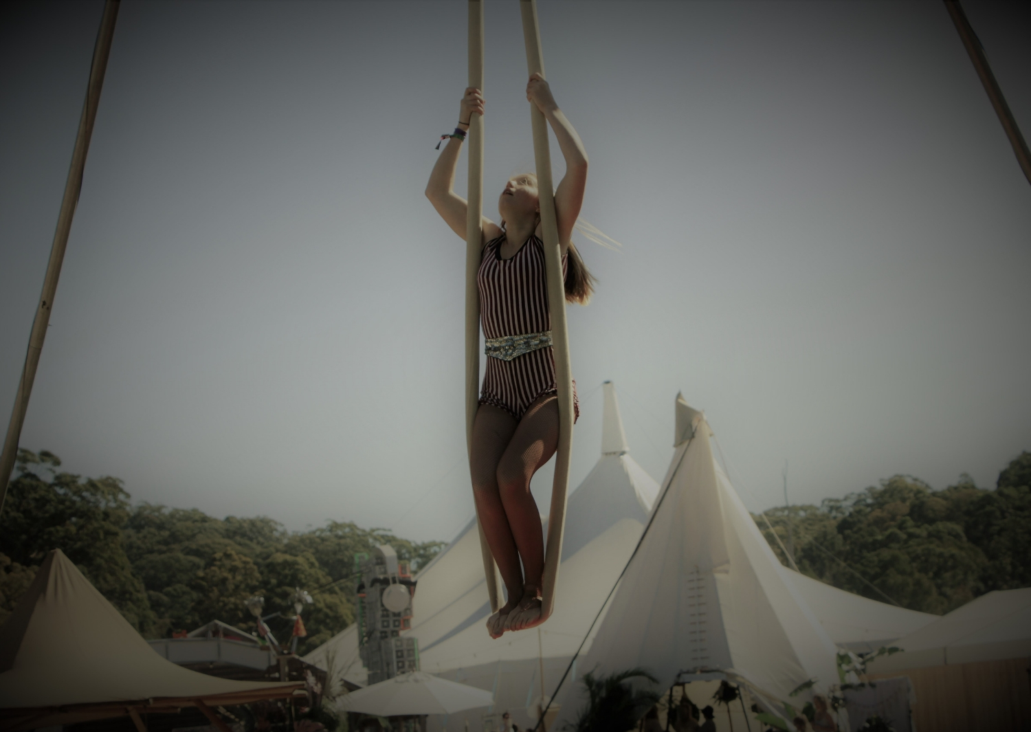 circus-arts-performances-shows-festivals-roving-1