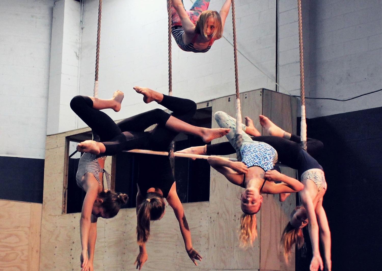circus-arts-byron-bay-aerials-intermediate-class-1