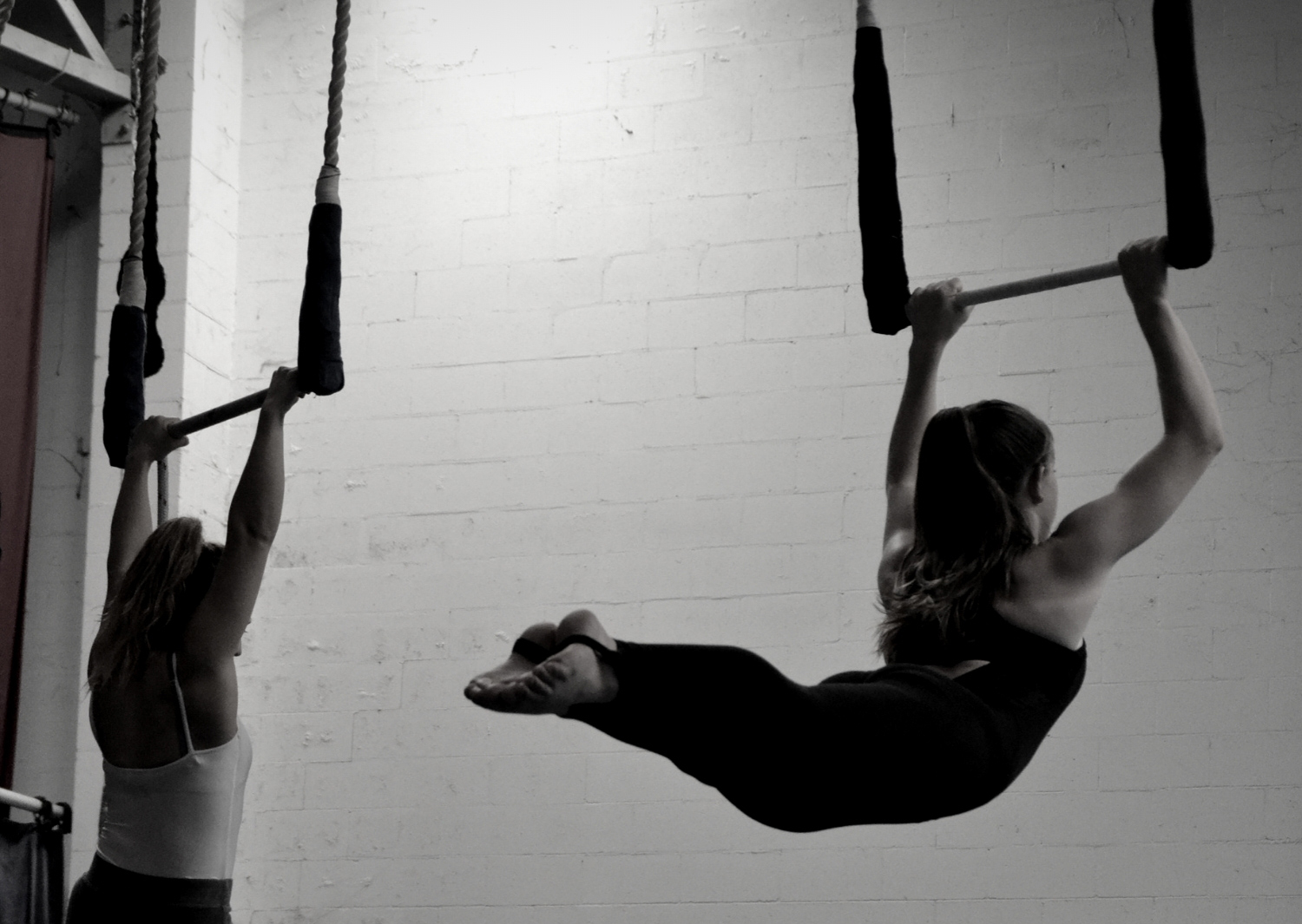 circus-arts-byron-bay-3-day-aerial-and-pole-intensive-course-lyra-static-trapeze-swinging-silks-spanish-web-7