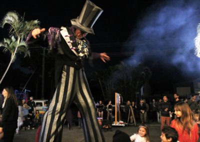 Circus-Arts-Byron-Bay-Night-Market-2