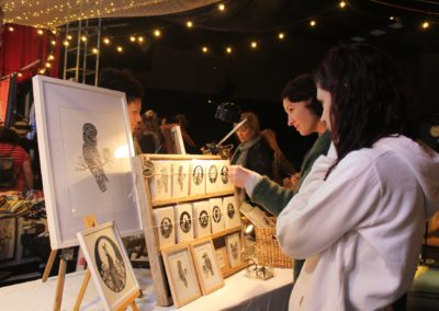 Circus-Arts-Byron-Bay-Night-Market-3