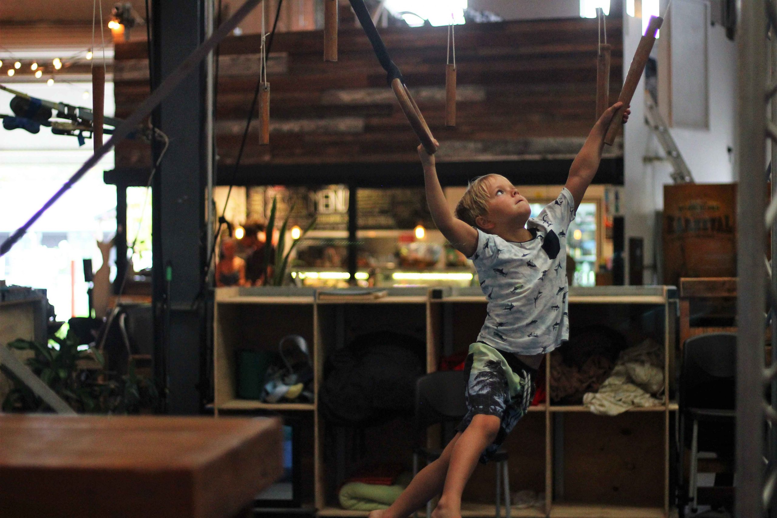 circus-arts-byron-bay-kids-teens-classes-ninja-parkour-2