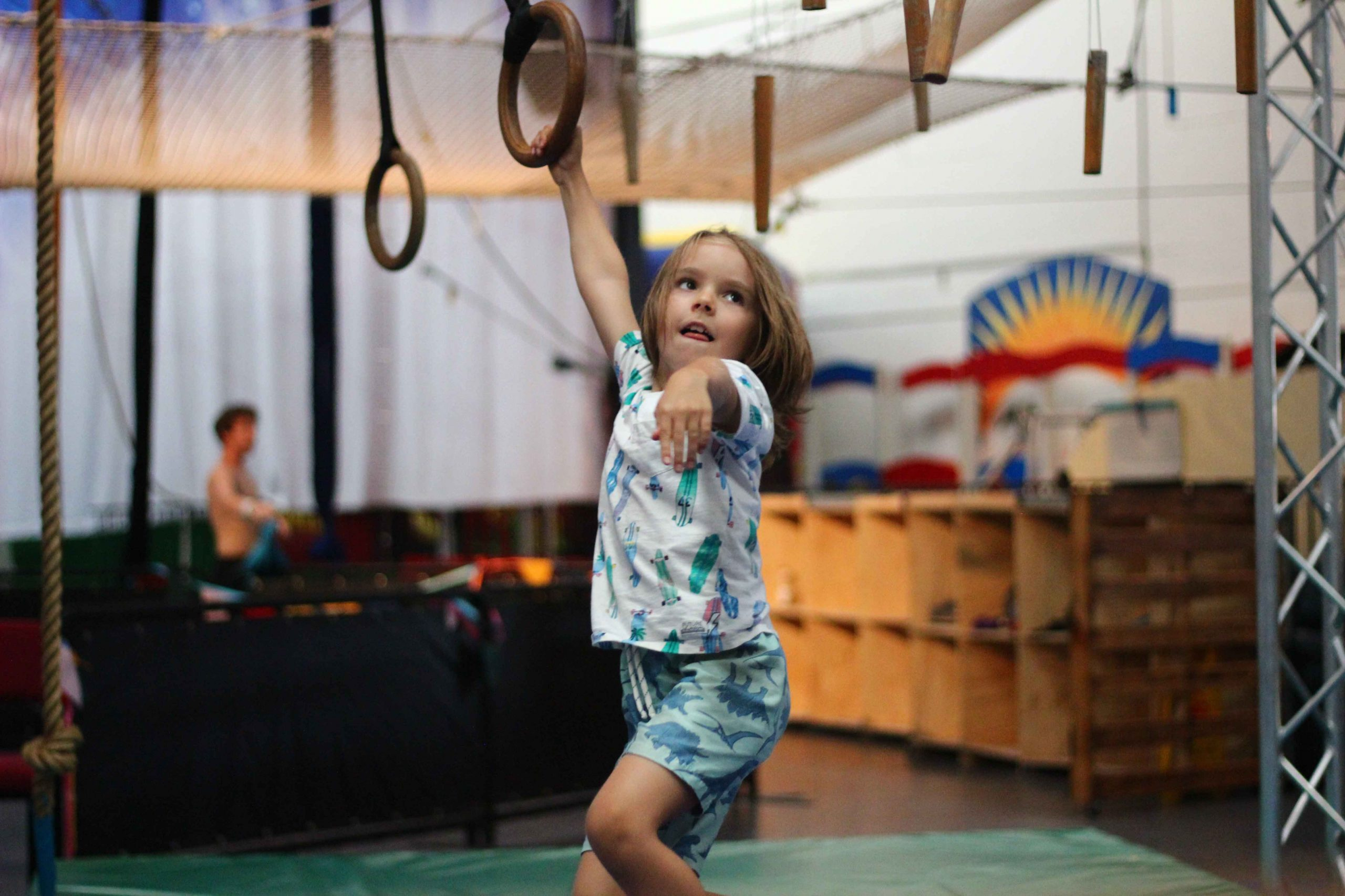circus-arts-byron-bay-kids-teens-classes-ninja-parkour-4