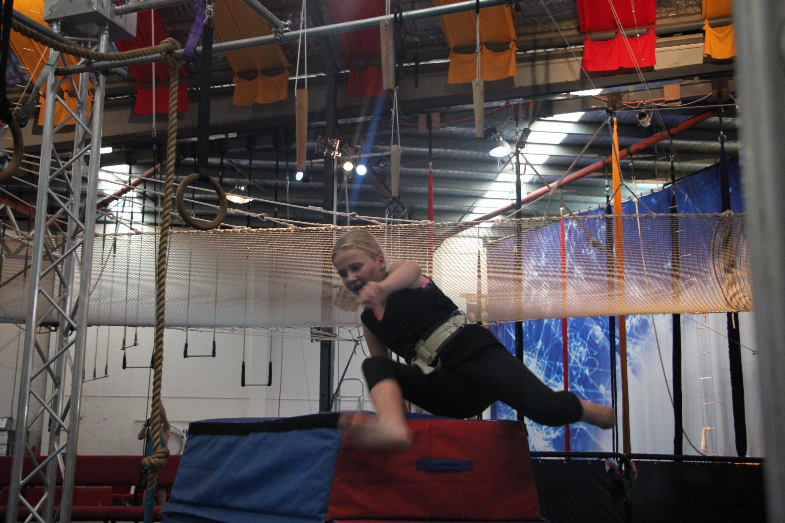 circus-arts-byron-bay-kids-teens-classes-ninja-parkour-7